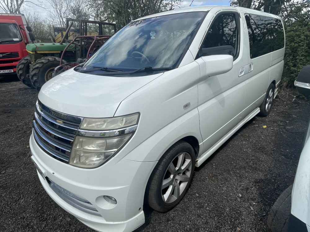 2003 52 reg NISSAN ELGRAND 7 SEATER (SOLD ON SITE - LOCATION BLACKBURN)