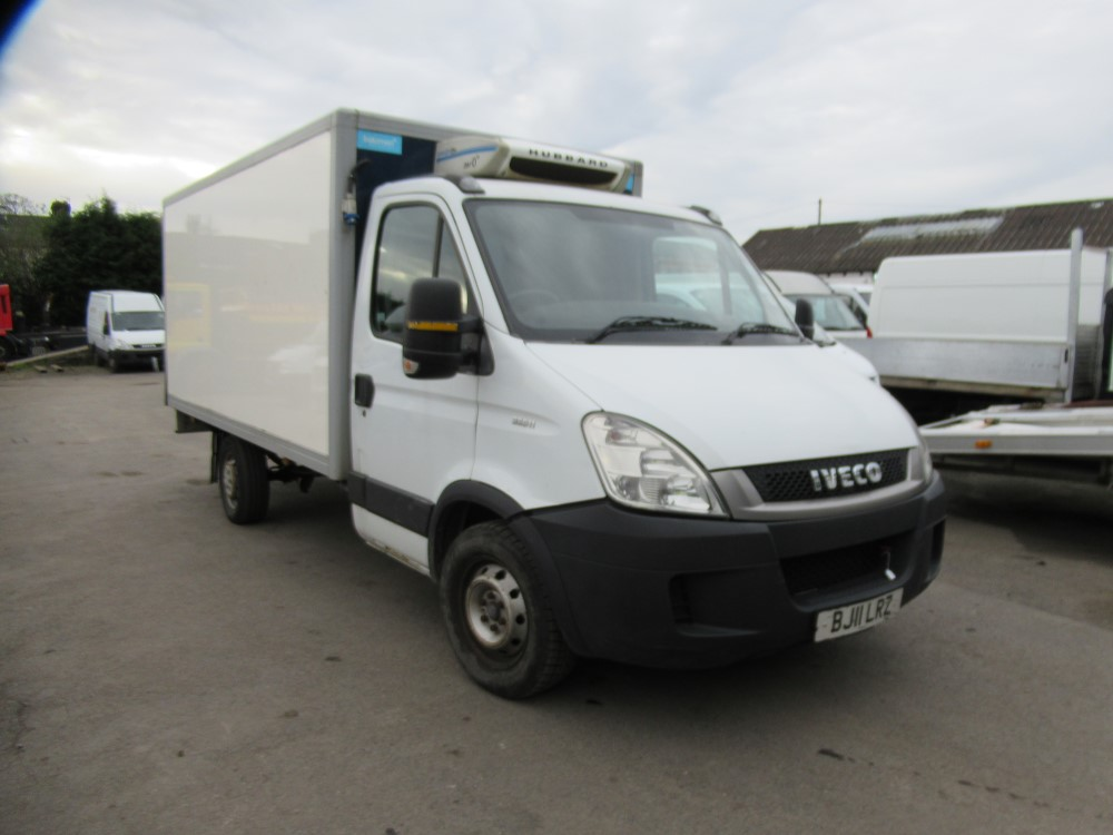 2011 11 reg IVECO DAILY 35S11 MWB INSULATED VAN