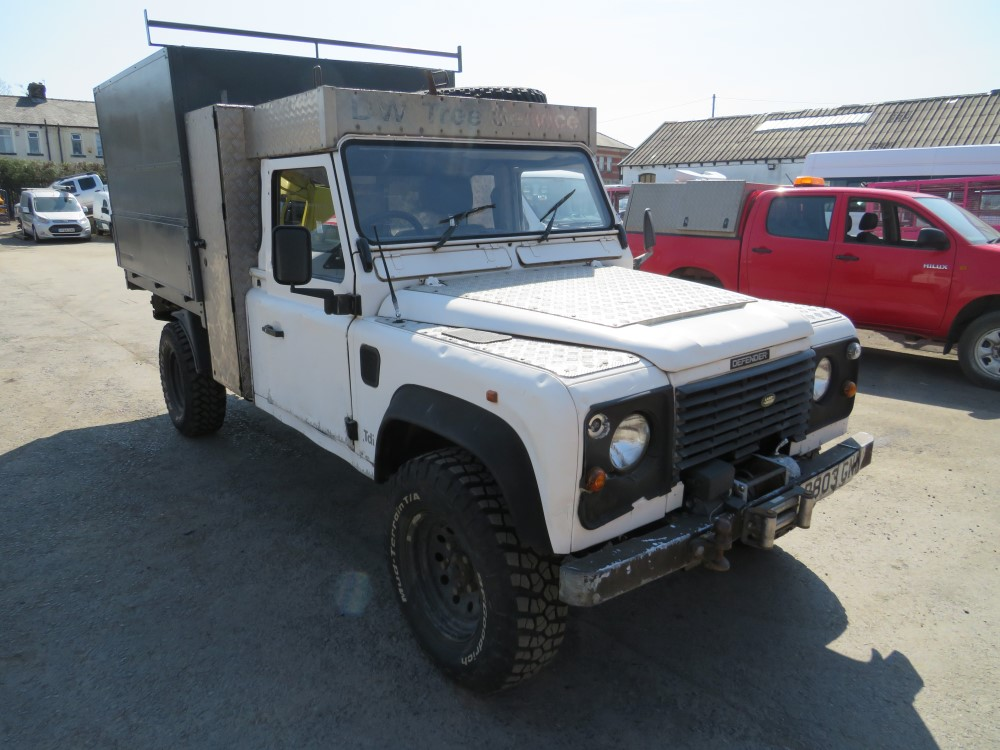 1997 P reg LAND ROVER 130 DEFENDER TIPPER