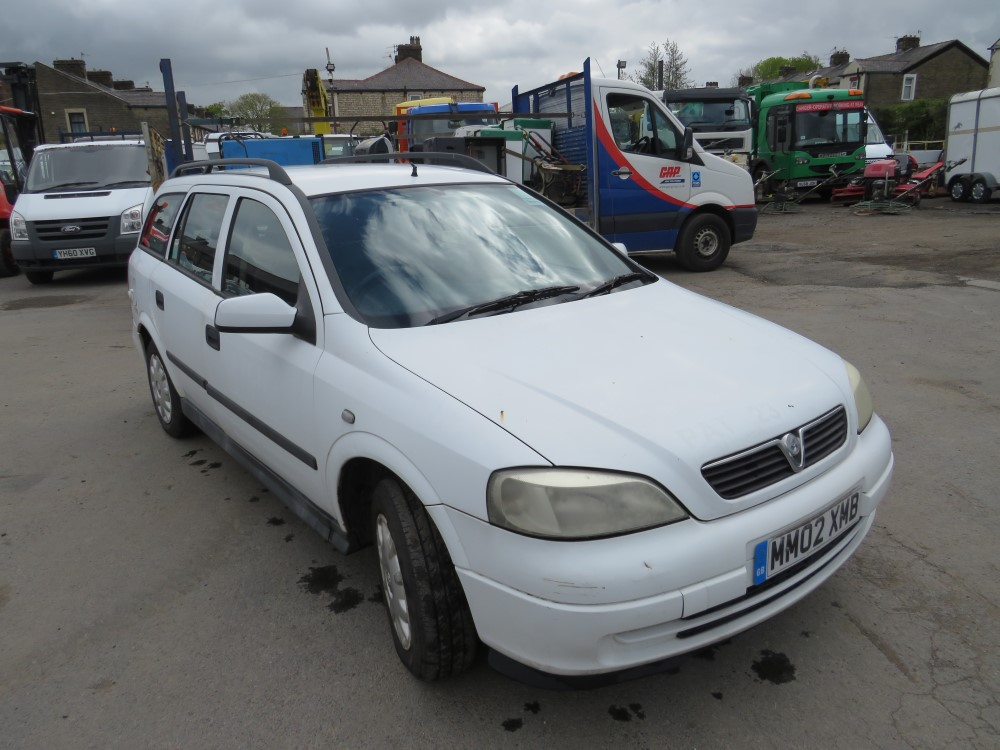 2002 02 reg VAUXHALL ASTRA ENVOY DUAL FUEL ESTATE (DIRECT NHS)